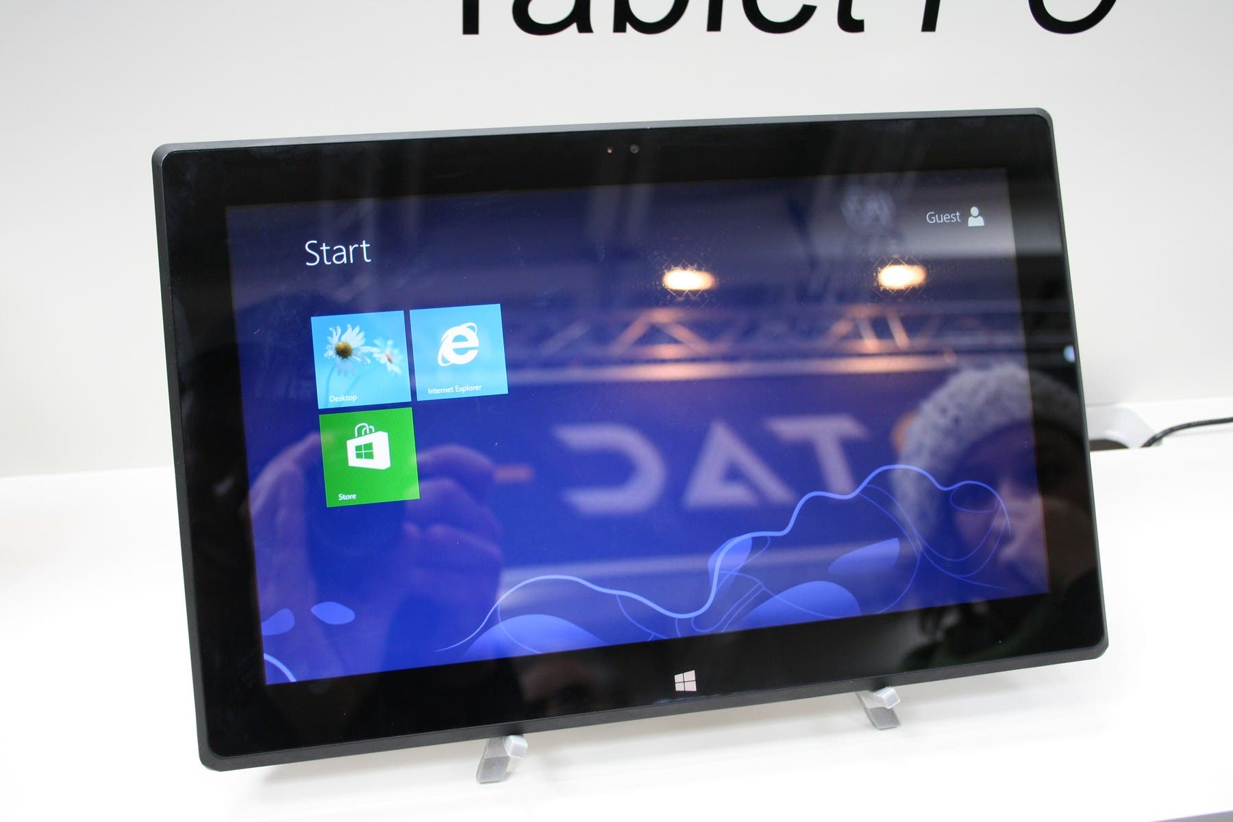 CeBIT: Microsoft Surface Pro Klon von HKC im Hands-on