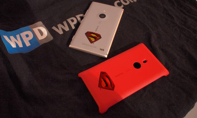 Nokia Lumia 925 Superman Edition via WPDang