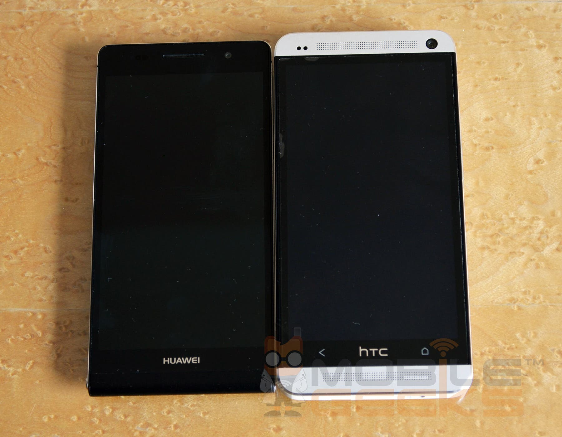 huawei-ascend-p6-21-vs-htc-one