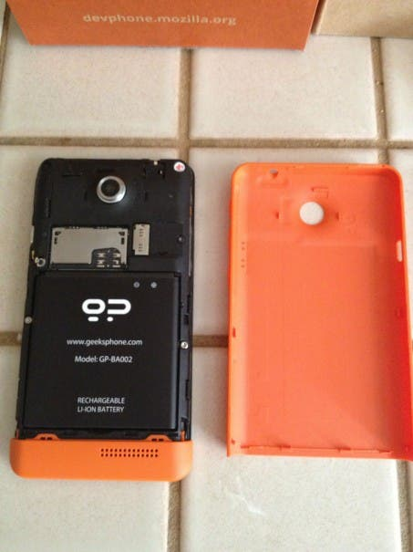 Firefox OS Unboxing 05