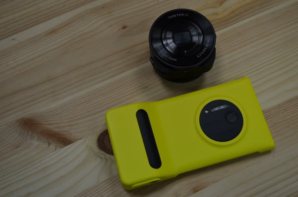 Sony QX10 vs Nokia Lumia 1020