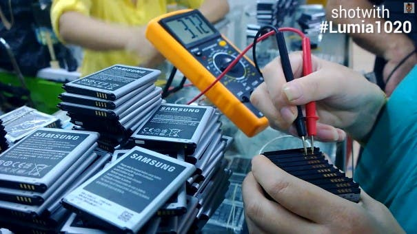 fake-batteries-shenzhen-03-testing