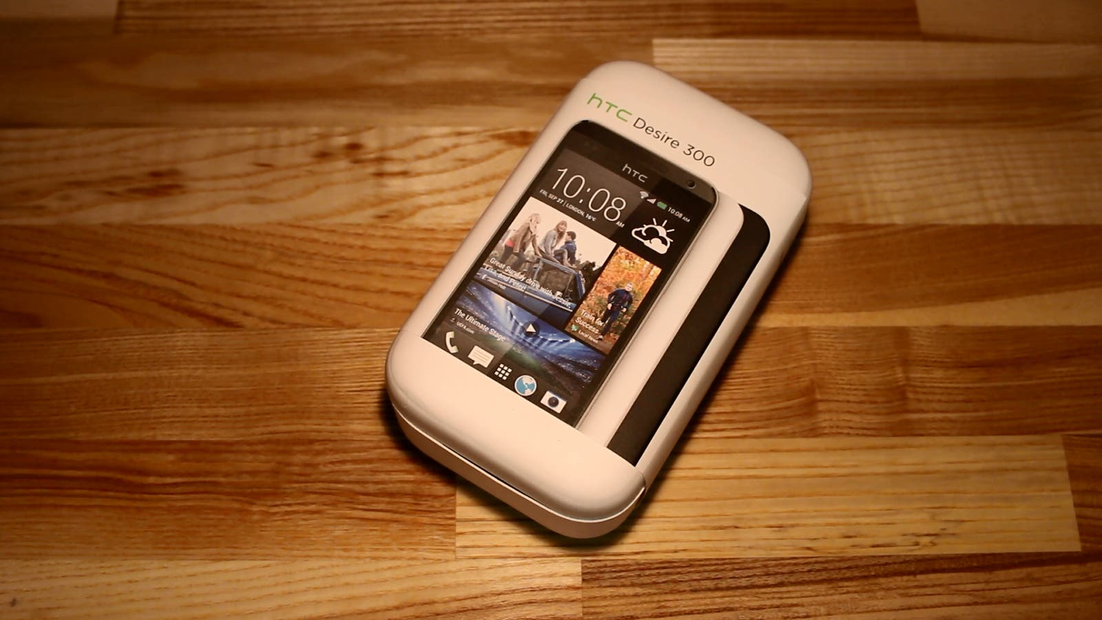 HTC Desire 300: Einsteiger-Smartphone im Unboxing- und Hands on-Video