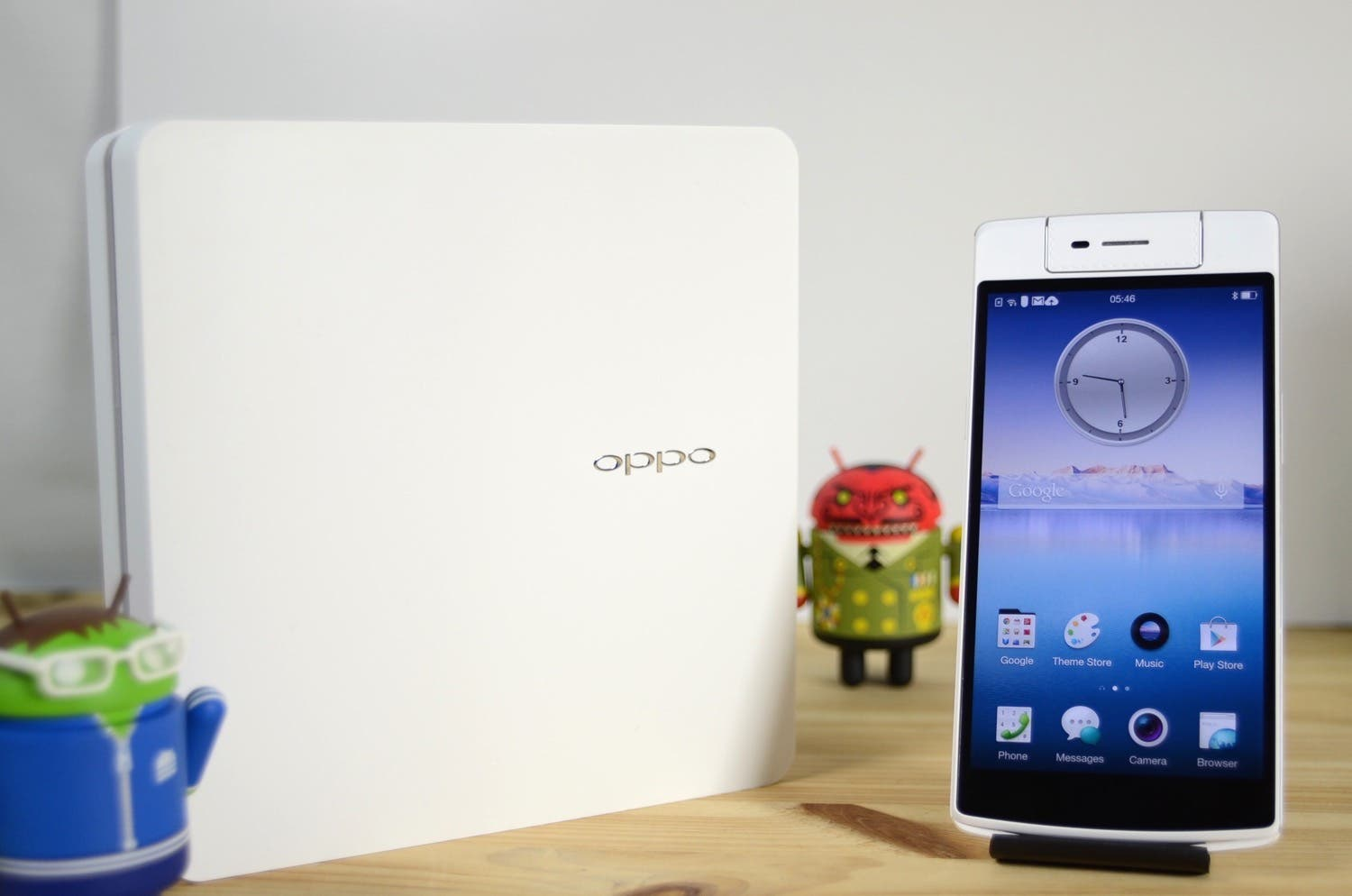OPPO N3 Unboxing & Hands-On – Smartphone mit Drehkamera
