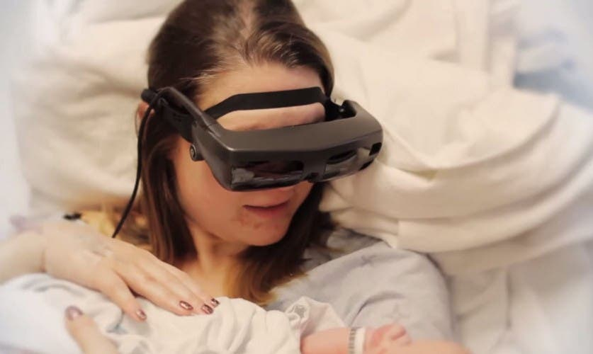 mother-blind-sees-baby-electronic-eyes