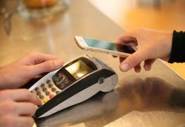 Mobile-Payment_Fotolia_77081380_Subscription_XXL
