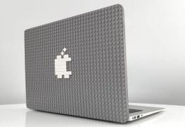 Apple MacBook mit Brik Case