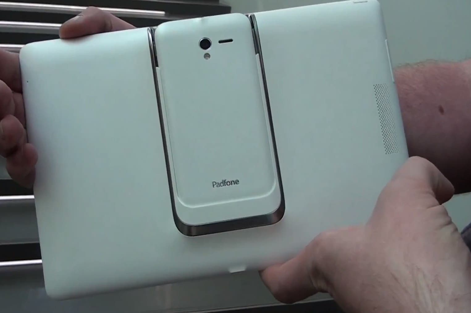 ASUS Padfone 2: weiße Version im Hands on