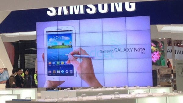 galaxy-note-8-messestand-01