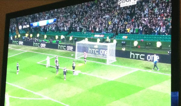 htc-one-billboard-champions-league-celtic-juventus