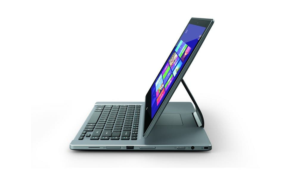 Aspire R7_Ezel_side