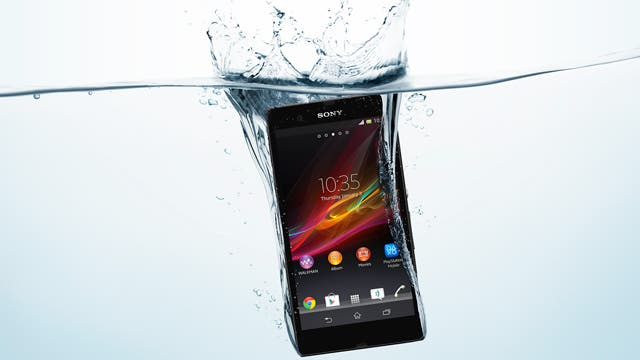 Sony-Xperia-Z-water