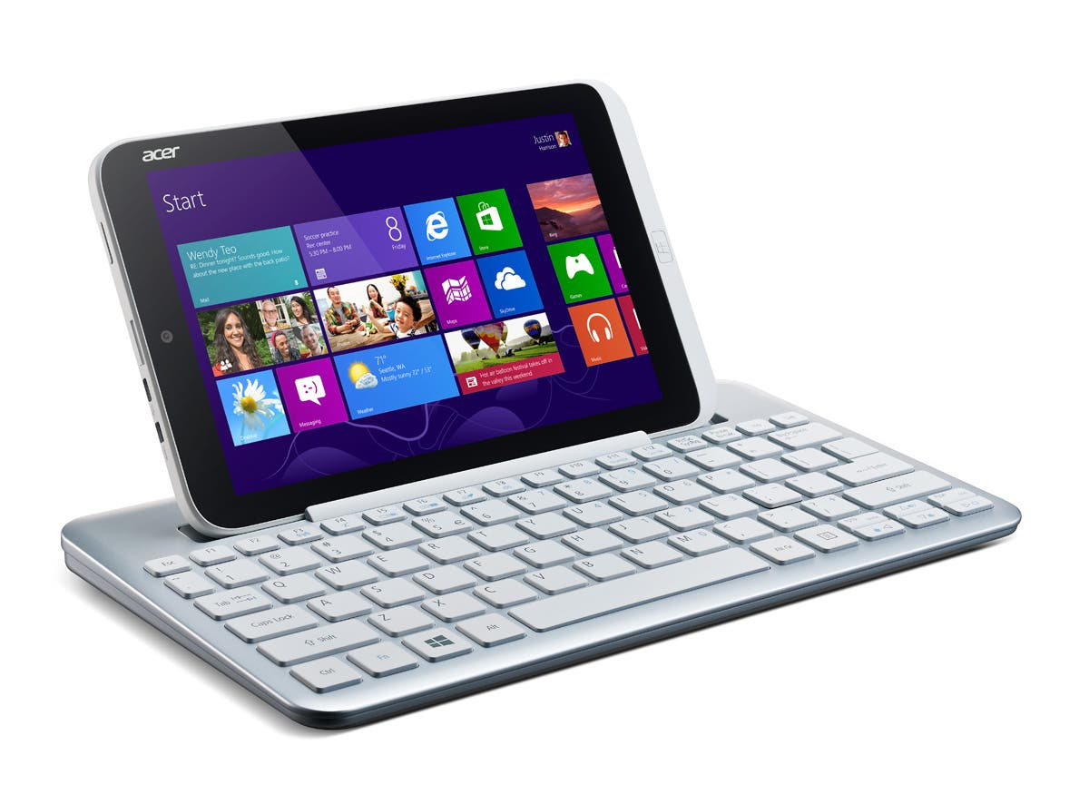 Iconia-W3_Win8_w_keyboard_right
