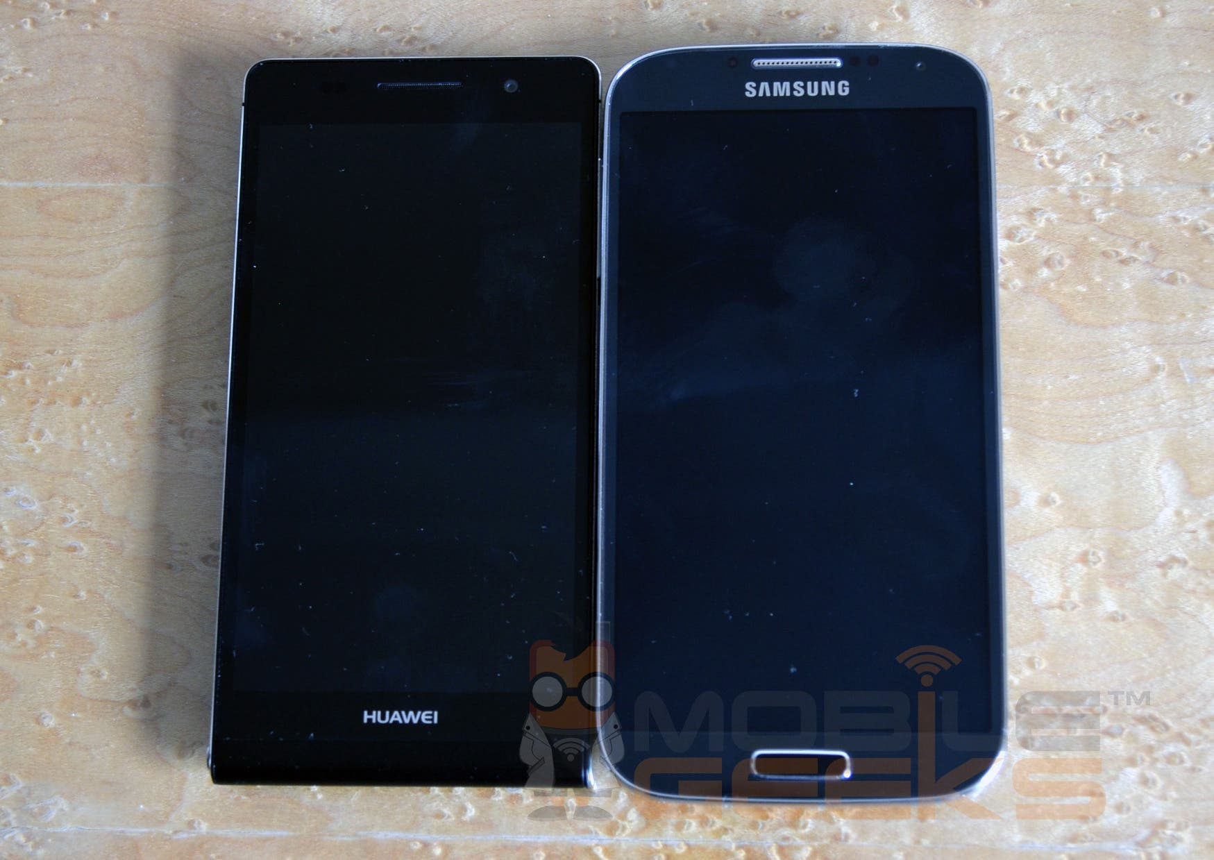 huawei-ascend-p6-23-vs-galaxy-s4