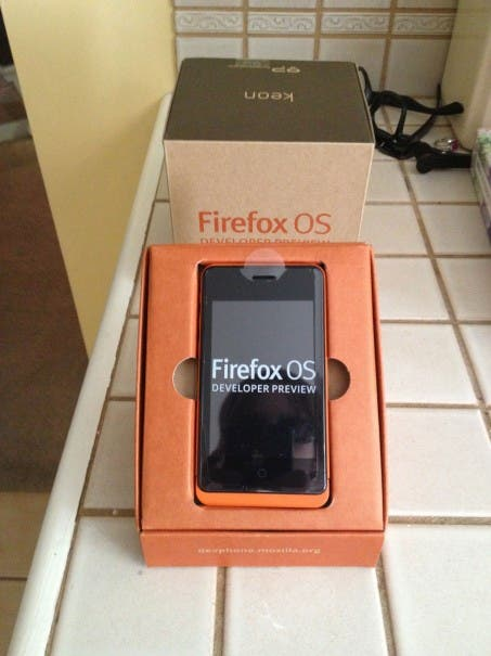 Firefox OS Unboxing 02