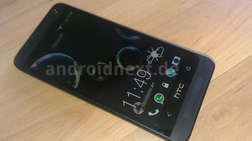 htc-one-mini-leak-display-on