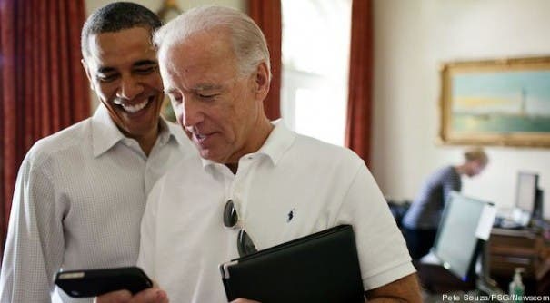 obama-biden-iphone-ipad-cropped-proto-custom_28