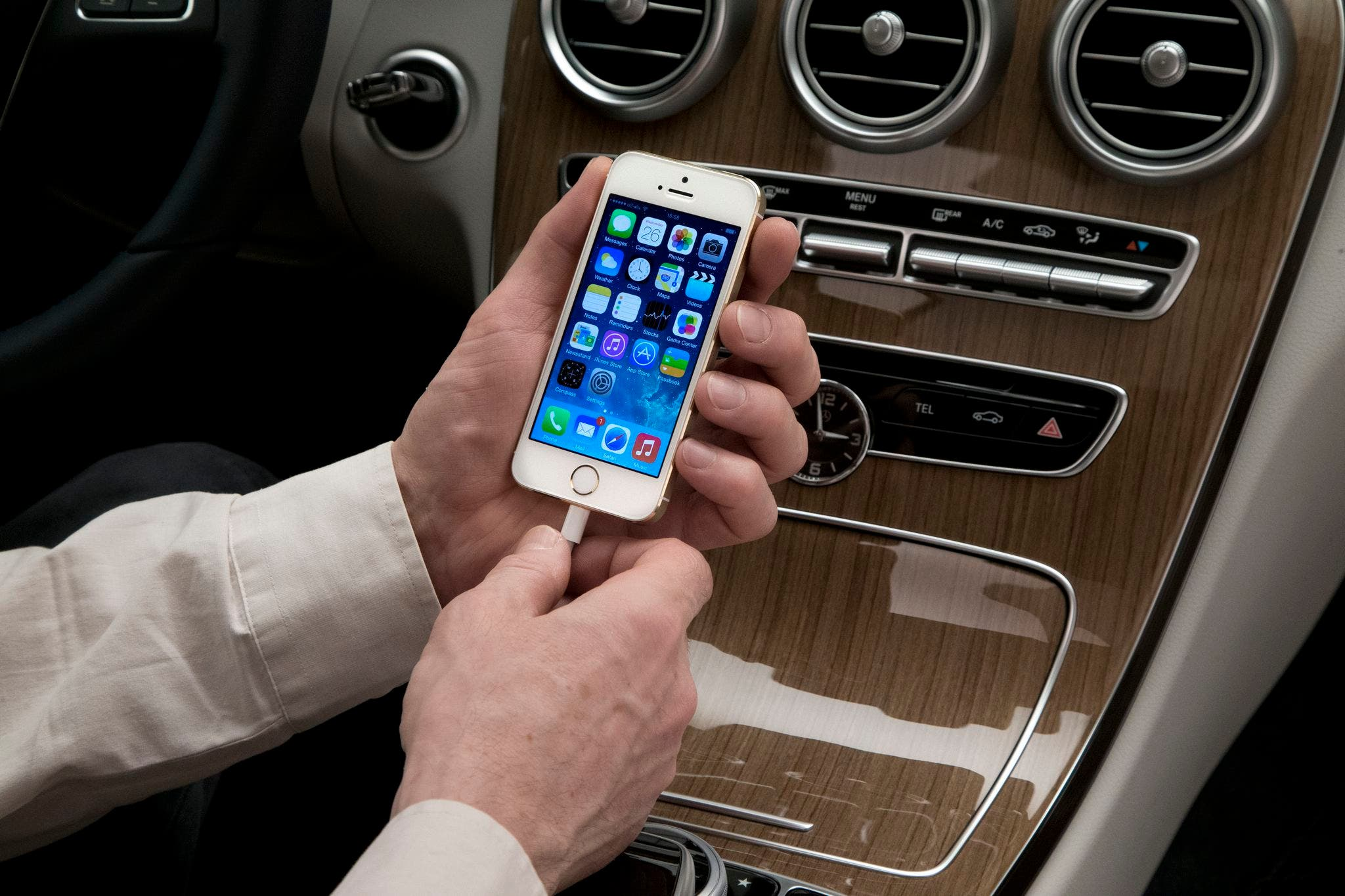 Mercedes-Benz: Apple CarPlay Ende des Jahres als Upgrade