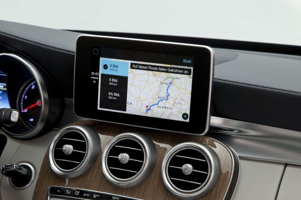 Mercedes-Benz CarPlay Karten