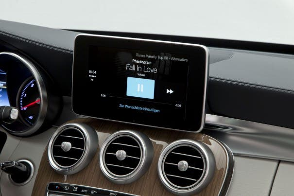 Mercedes-Benz CarPlay Musik
