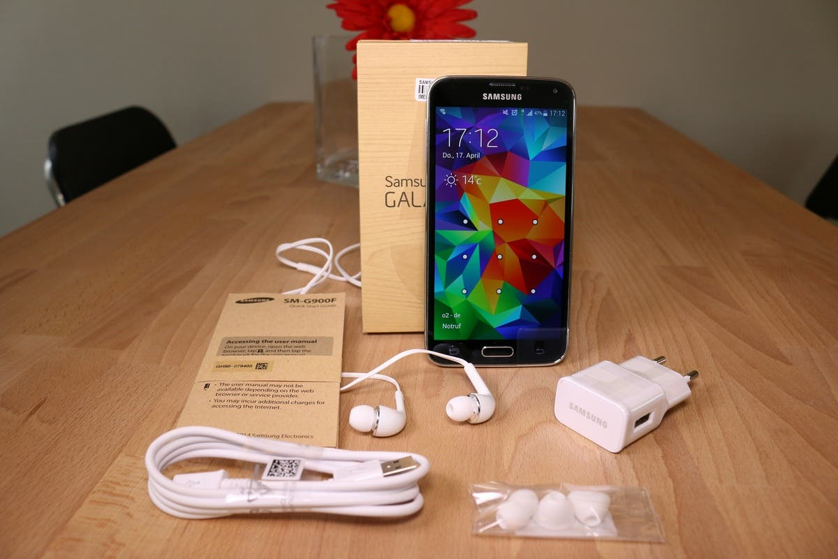 Samsung Galaxy S5 unboxing 0001