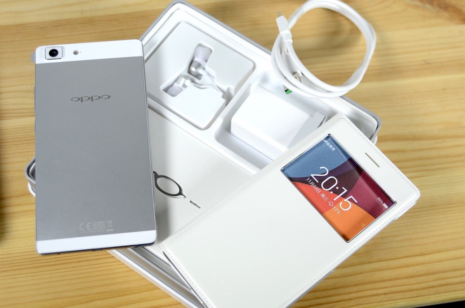 OPPO R5 Unboxing & Hands-On – 4.85mm dünnes Smartphone