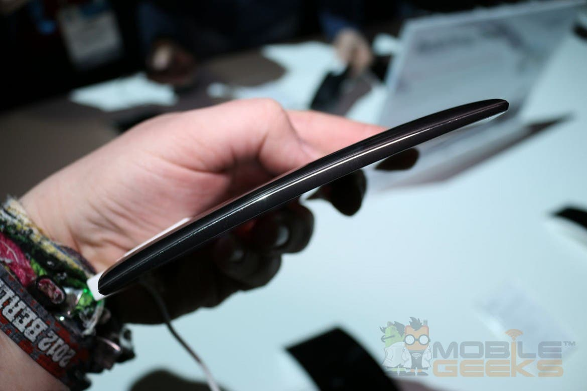 LG G Flex 2 Hands on 0004
