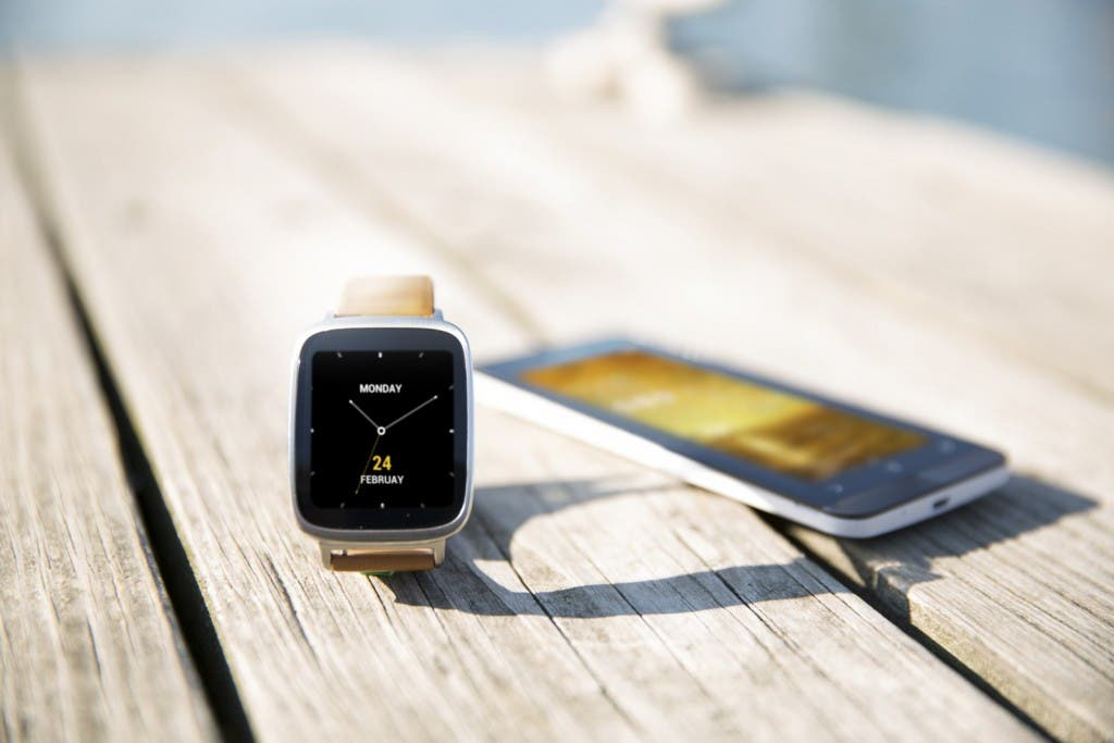 ZenWatch and Fone on table
