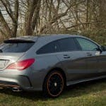 2015 Mercedes-Benz CLA 250 4MATIC Shooting Brake OrangeArt Edition mountaingrau metallic - von rechts hinten