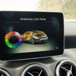 COMAND Online Ambient-Light im 2015 Mercedes-Benz CLA 250 4MATIC Shooting Brake OrangeArt Edition