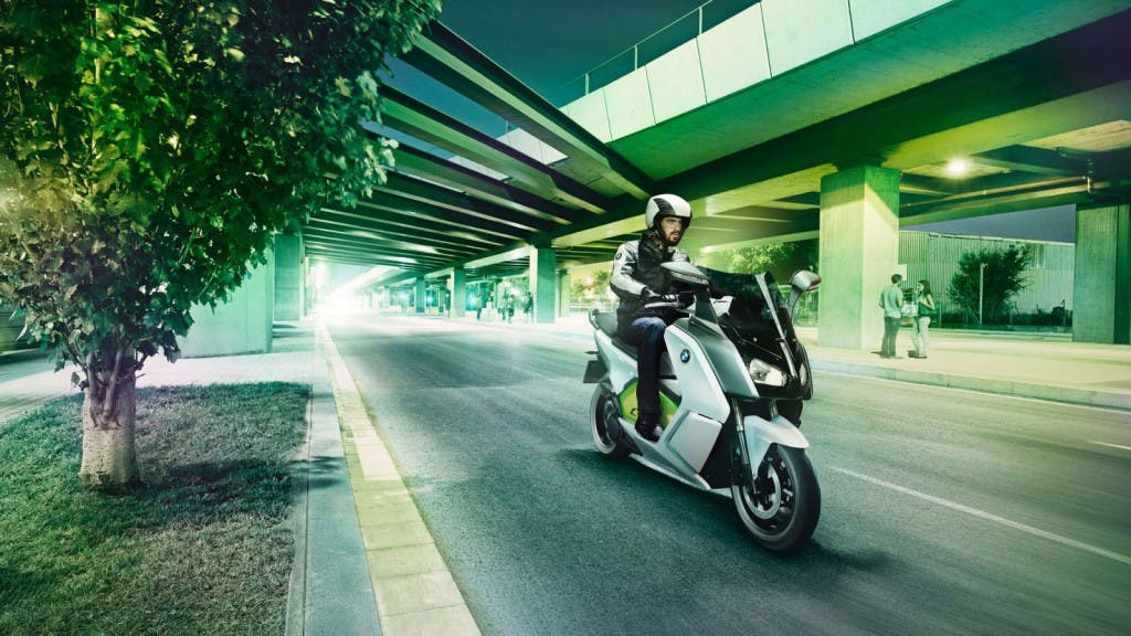 BMW-C-evolution-Elektro-Roller-4