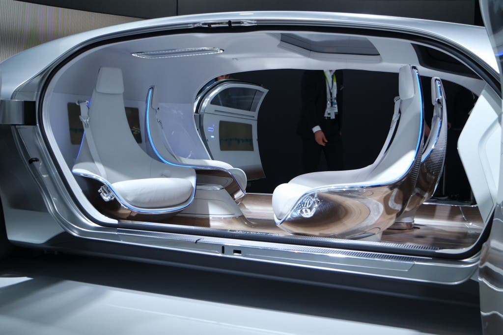 Mercedes-Benz F 015 Luxury in Motion - Innenraum