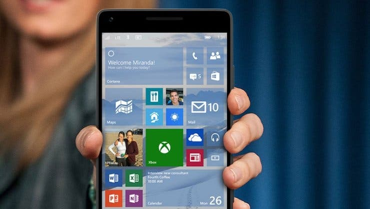 "Smartphone mit ""Windows 10""-Build 12544."