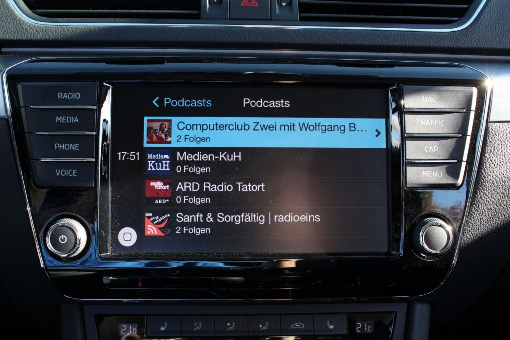 Apple CarPlay Skoda Superb 2015