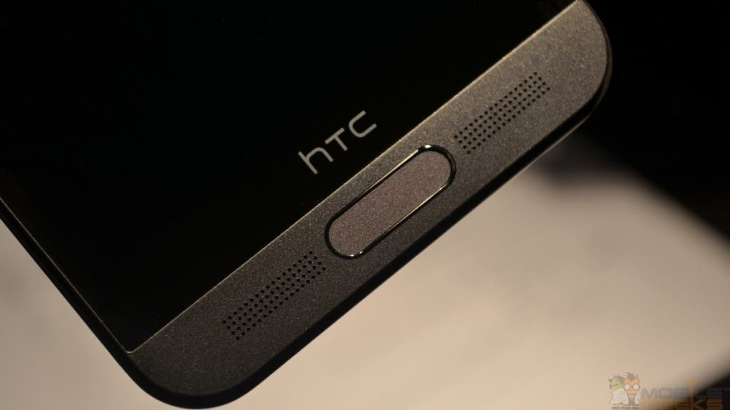 HTC One M9 Plus: Untere Front mit Fingerprint Reader und BoomSound Speaker