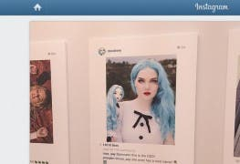 Appropriation Art: Instagram-Bild in Kunstausstellung