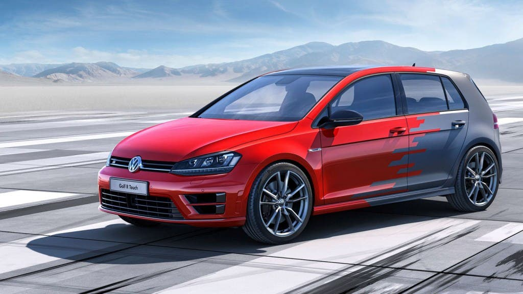 Volkswagen-Golf-R-Touch--01