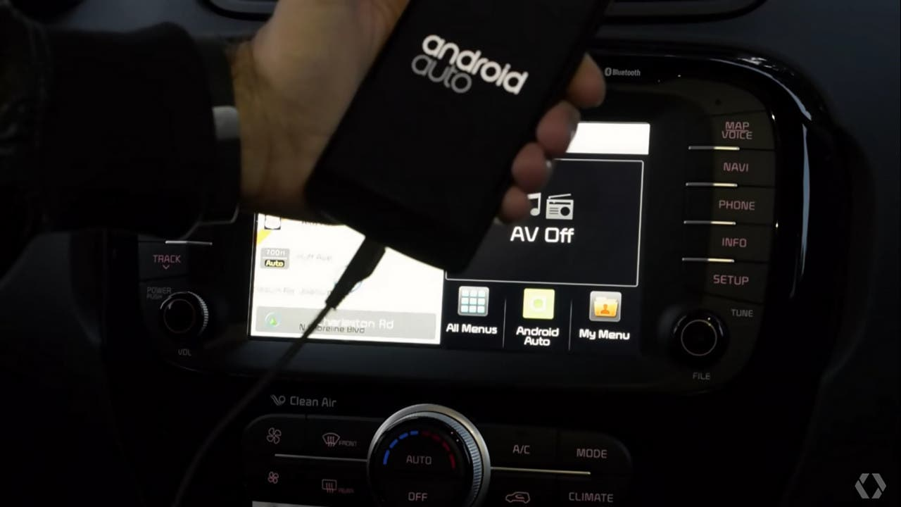 Android Auto USB-Verbindung Smartphone