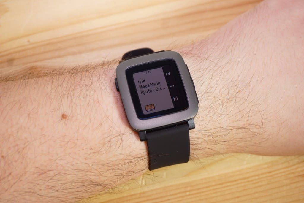 Pebble Time Handgelenk Musikplayer