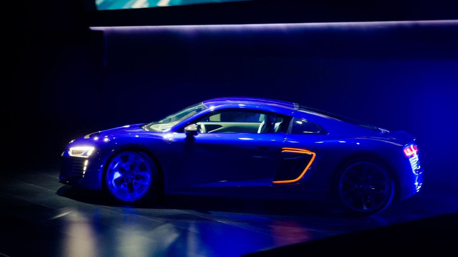 2015 Audi R8 e-tron piloted driving