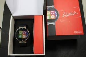 Alcatel One Touch Watch - Unpacking