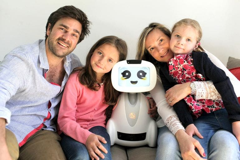 buddy-family-companion-robot