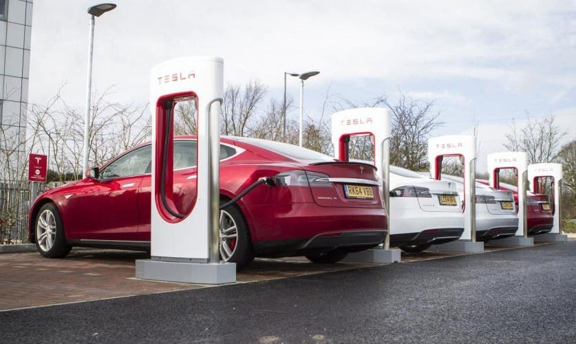 tesla supercharger nur f r l ngere fahrten. Black Bedroom Furniture Sets. Home Design Ideas