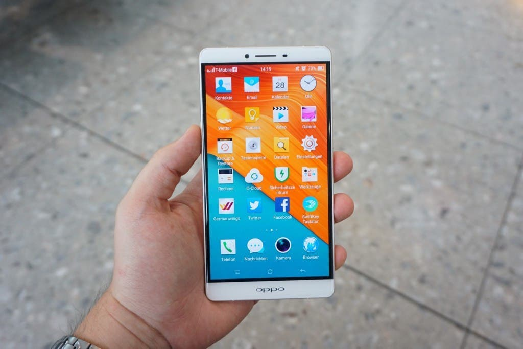 OPPO R7 Unboxing 12
