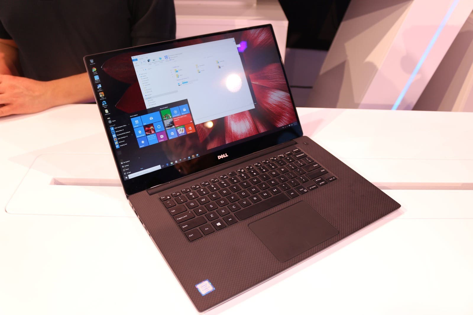lenovo miix 700 hands on ifa 19