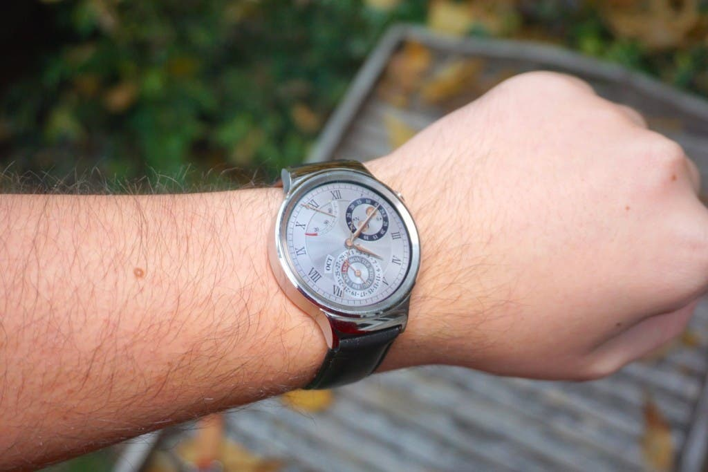 Huawei Watch Test am Handgelenk