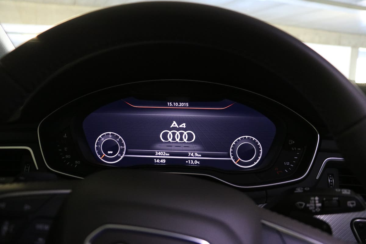 audi-a4-avant-2015-tech-check-apple-car-play-2