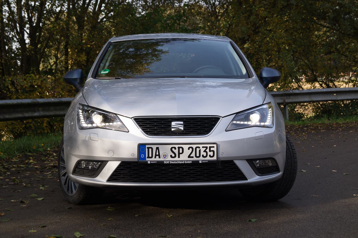 2015-Seat-Ibiza-Connect--1