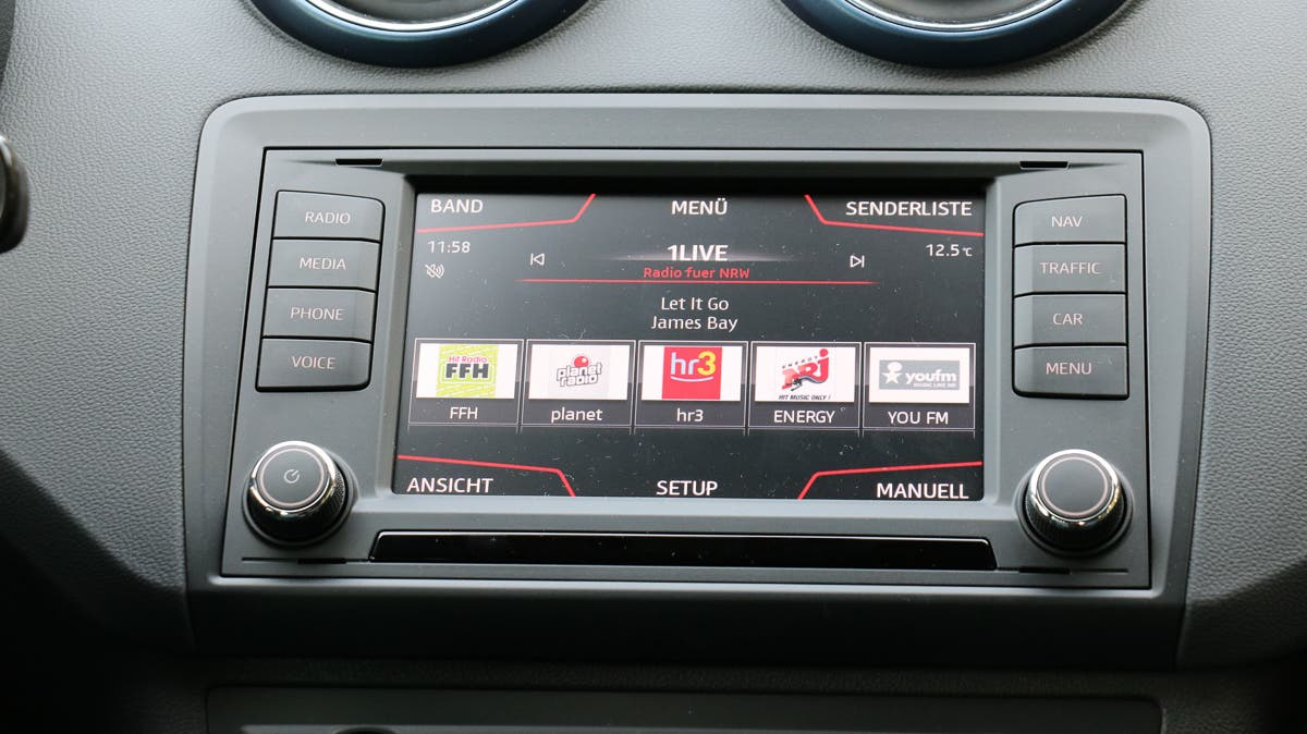 2015-Seat-Ibiza-Connect--2-2