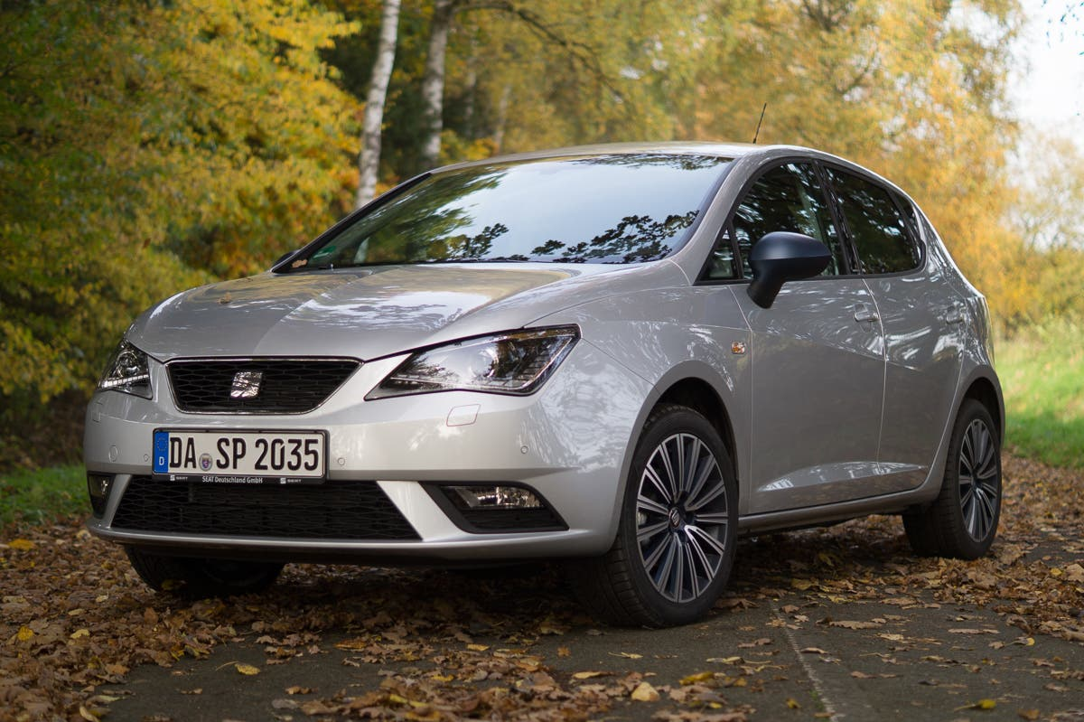 2015-Seat-Ibiza-Connect--8